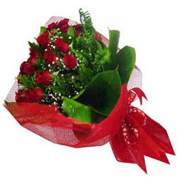 İsparta kaliteli taze ve ucuz çiçekler  12 adet kirmizi essiz gül buketi - SEVENE ÖZEL