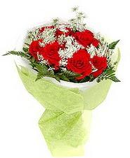 İsparta çiçek , çiçekçi , çiçekçilik  7 adet kirmizi gül buketi tanzimi