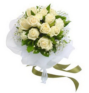 İsparta online çiçekçi , çiçek siparişi  11 adet benbeyaz güllerden buket