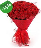 51 adet kırmızı gül buketi özel hissedenlere  İsparta çiçek siparişi sitesi