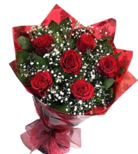 6 adet kırmızı gülden buket  İsparta yurtiçi ve yurtdışı çiçek siparişi