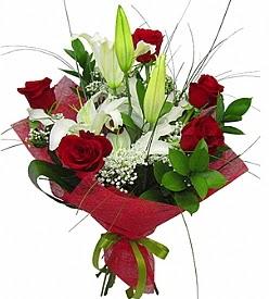 1 dal kazablanka 5 kırmızı gül buketi  İsparta kaliteli taze ve ucuz çiçekler