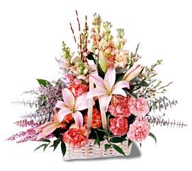 İsparta çiçek siparişi sitesi  mevsim çiçekleri sepeti özel tanzim