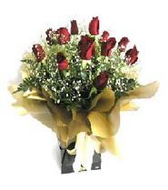 İsparta internetten çiçek siparişi  11 adet kirmizi gül  buketi