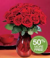 İsparta çiçek gönderme sitemiz güvenlidir  10 adet Vazoda Gül çiçek ideal seçim