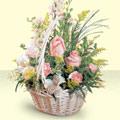 İsparta 14 şubat sevgililer günü çiçek  sepette pembe güller