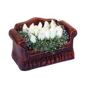 seramik içerisinde 11 gül  İsparta hediye çiçek yolla