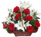 sepette gül ve kazablankalar   İsparta çiçekçi mağazası