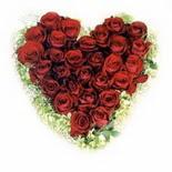 kalp biçiminde 15 gülden   İsparta güvenli kaliteli hızlı çiçek