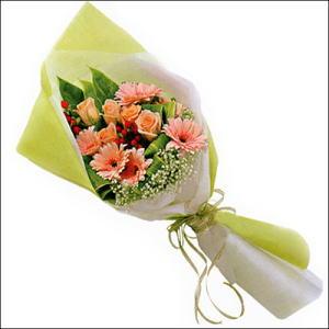 sade güllü buket demeti  İsparta çiçekçi mağazası