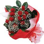 İsparta internetten çiçek satışı  KIRMIZI AMBALAJ BUKETINDE 12 ADET GÜL