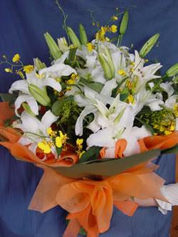 İsparta internetten çiçek satışı  5 ADET KAZABLANKA BUKETI KALITEDEN SASMAYANLARA