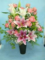 İsparta internetten çiçek satışı  cam vazo içerisinde 21 gül 1 kazablanka