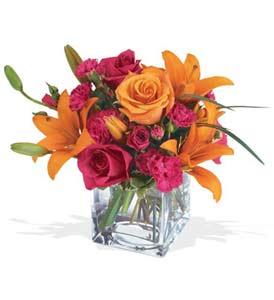 İsparta çiçek mağazası , çiçekçi adresleri  cam içerisinde kir çiçekleri demeti