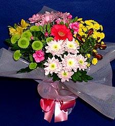 İsparta hediye çiçek yolla  küçük karisik mevsim demeti