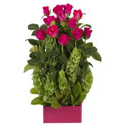 12 adet kirmizi gül aranjmani  İsparta çiçek mağazası , çiçekçi adresleri