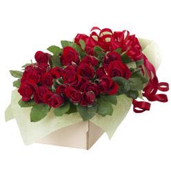 19 adet kirmizi gül buketi  İsparta güvenli kaliteli hızlı çiçek
