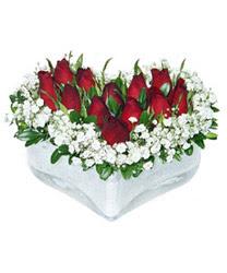 İsparta internetten çiçek siparişi  mika kalp içerisinde 9 adet kirmizi gül