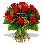 9 adet kirmizi gül ve kir çiçekleri  İsparta internetten çiçek satışı