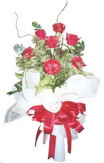 İsparta çiçek siparişi sitesi  7 adet kirmizi gül buketi