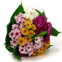 İsparta çiçekçi telefonları  Karisik kir çiçekleri demeti herkeze
