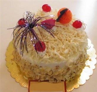 pasta siparisi 4 ile 6 kisilik yaspasta mis lezzette  İsparta çiçekçi telefonları