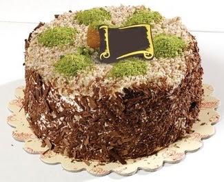 pasta gönderme 4 ile 6 kisilik çikolatali yas pasta  İsparta çiçek satışı