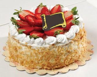 uygun pastaneler 4 ile 6 kisilik çilekli yas pasta lezzetli  İsparta çiçek siparişi vermek