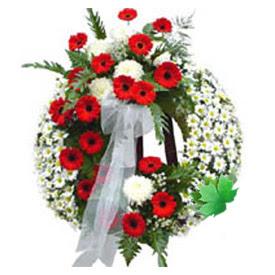 Cenaze çelengi cenaze çiçek modeli  İsparta uluslararası çiçek gönderme