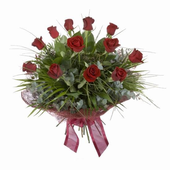 Etkileyici buket 11 adet kirmizi gül buketi  İsparta internetten çiçek satışı