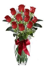 11 adet kirmizi gül vazo mika vazo içinde  İsparta 14 şubat sevgililer günü çiçek