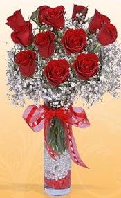 10 adet kirmizi gülden vazo tanzimi  İsparta çiçek siparişi sitesi