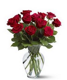 İsparta çiçek gönderme sitemiz güvenlidir  cam yada mika vazoda 10 kirmizi gül