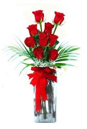 İsparta çiçekçi telefonları  9 adet mika yada cam vazoda gül tanzimi