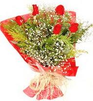 İsparta anneler günü çiçek yolla  5 adet kirmizi gül buketi demeti