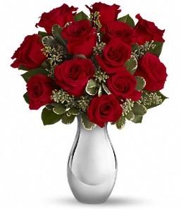 İsparta çiçek siparişi vermek   vazo içerisinde 11 adet kırmızı gül tanzimi