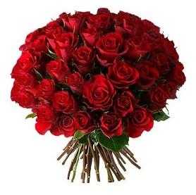 İsparta çiçek , çiçekçi , çiçekçilik  33 adet kırmızı gül buketi