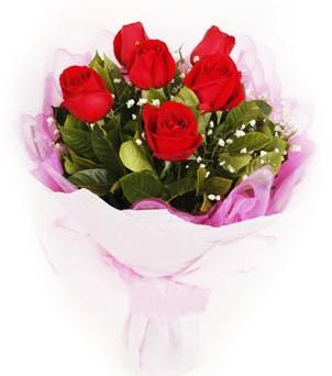 İsparta hediye sevgilime hediye çiçek  kırmızı 6 adet gülden buket
