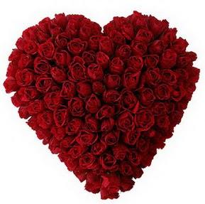 İsparta çiçekçi mağazası  muhteşem kırmızı güllerden kalp çiçeği