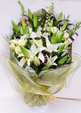 İsparta çiçek servisi , çiçekçi adresleri  3 adet kazablankalardan görsel buket çiçeği