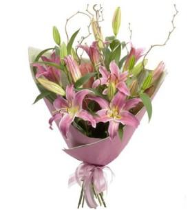 İsparta İnternetten çiçek siparişi  3 dal cazablanca buket çiçeği