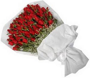 İsparta İnternetten çiçek siparişi  51 adet kırmızı gül buket çiçeği
