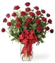 Sevgilime sıradışı hediye güller 24 gül  İsparta 14 şubat sevgililer günü çiçek