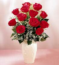 İsparta çiçekçi mağazası  9 adet vazoda özel tanzim kirmizi gül