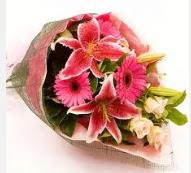 1 dal kazablanka ve mevsim çiçekleri  İsparta internetten çiçek siparişi