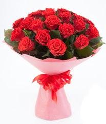 15 adet kırmızı gülden buket tanzimi  İsparta çiçek siparişi sitesi