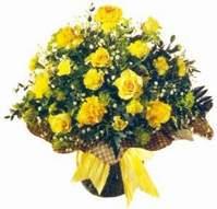 İsparta çiçek , çiçekçi , çiçekçilik  Sari gül karanfil ve kir çiçekleri
