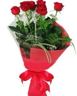 5 adet kırmızı gülden buket  İsparta kaliteli taze ve ucuz çiçekler