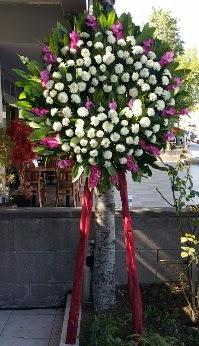 İsparta internetten çiçek siparişi  Cenaze Çelengi  İsparta çiçek siparişi sitesi
