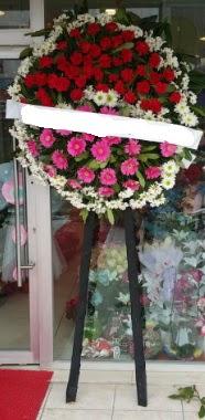 Cenaze çiçek modeli  İsparta internetten çiçek siparişi